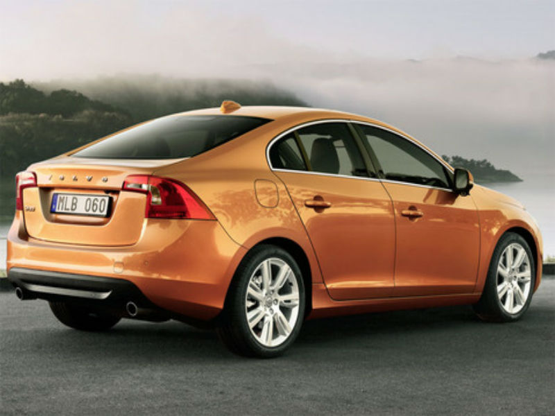 volvo s60 kinetic d3 prices reviews photos mileage features specifications. Black Bedroom Furniture Sets. Home Design Ideas